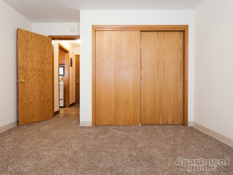 LYND Bedroom 2