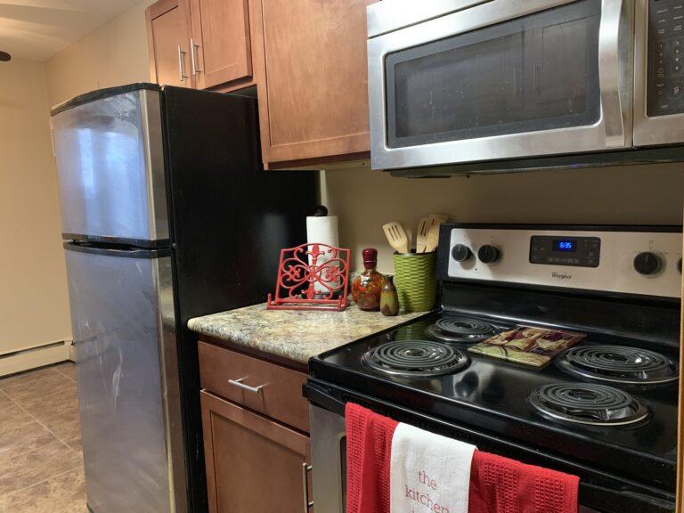 VACT Kitchen staged 4_2019 (18)